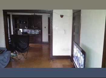 Room available in great location east side duplex