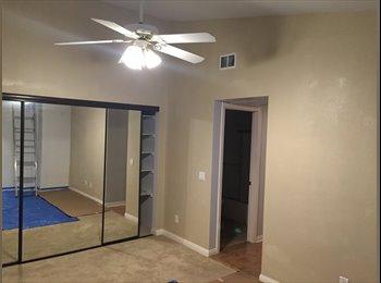 EasyRoommate US - Condo room for rent - Santa Ana, Orange County - $1,000 /mo