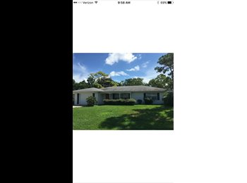 EasyRoommate US - Gorgeous home overlooking Bradenton Country Club with extra room to spare! - Bradenton, Other-Florida - $600 /mo