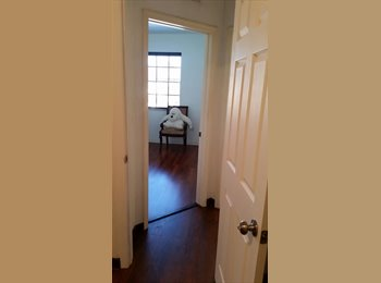EasyRoommate US - Private room with private bathroom in safe community - Hollywood, Ft Lauderdale Area - $700 /mo