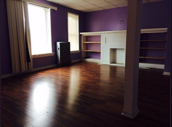 EasyRoommate US - Great Deal on Clean room in spacious 3BR - Uptown, Chicago - $500 /mo