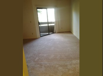 EasyRoommate US - Master Bedroom with private bathroom and car garage in 2B/2B, West Valley - $1,300 /mo