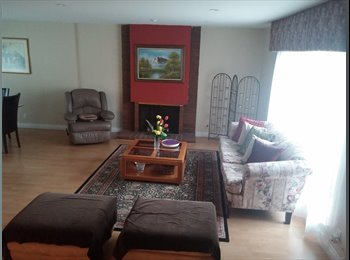 $950 per month, Single Room in Irvine -FEMALE ONLY Near...