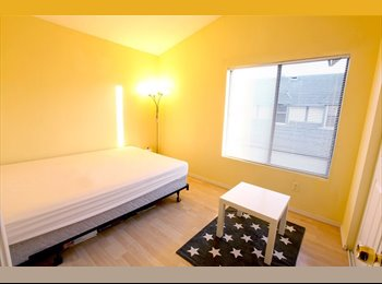EasyRoommate US - looking for my replacement - West Anaheim, Anaheim - $650 /mo
