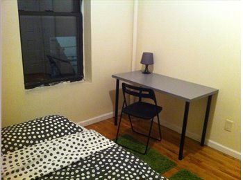 December 1st! Nice furnished room in Manhattan for...