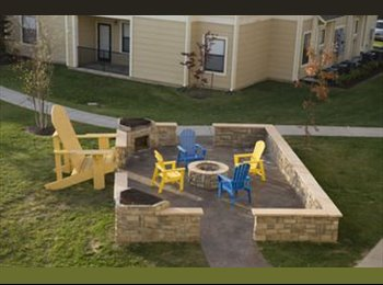 EasyRoommate US - Domain Apartment Sublease Available Immediately - Morgantown, Other-West Virginia - $535 /mo
