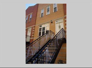 EasyRoommate US -  Room in Spacious Townhouse, by 606 trails, Furnished or semi-furnished (your choice)bdrm, privt bat - Logan Square, Chicago - $700 /mo