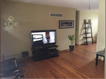 EasyRoommate US - Room for rent 400$  - South Kansas City, Kansas City - $400 /mo
