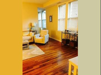 $1425 / 1000ft2 - Female Roommate Wanted