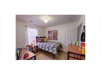 EasyRoommate US - Campus Ridge Apartment - January Rent FREE! - Johnson City, Johnson City - $405 /mo
