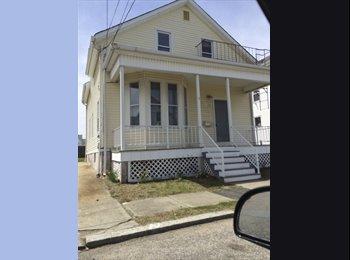 EasyRoommate US - Looking for a Roommate in East Providence - East Providence, Greater Providence - $500 /mo