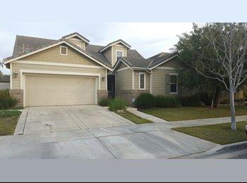 EasyRoommate US - Room for Rent in convienient location. - Oxnard, Ventura - Santa Barbara - $625 /mo