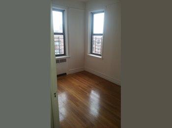 Bedford Park Jr. Bedroom 1 block to D train $750