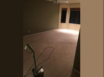 EasyRoommate US - Large master bedroom with private bath  - Moorpark, Ventura - Santa Barbara - $1,000 /mo