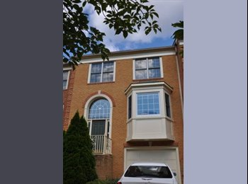EasyRoommate US - Great town home near Downtown Crown - Gaithersburg, Other-Maryland - $1,000 /mo