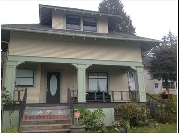 EasyRoommate US - Beautiful Classic House House with Garden in Quiet Neighborhood - Bellingham, Bellingham - $650 /mo