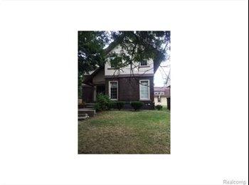 EasyRoommate US - Boston-Edison Rehabbed Home - Detroit, Detroit Area - $700 /mo