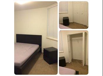 EasyRoommate US - Good family great roomates - Doral, Miami - $700 /mo