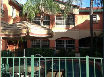 1 mile from beach, Med style condo, room for rent