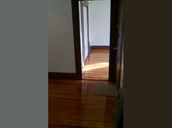 Rooms for rent w/ utils included