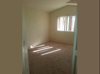 EasyRoommate US - Roommates wanted 2 rooms for rent 500 each, Avondale AZ - Glendale, Glendale - $500 /mo
