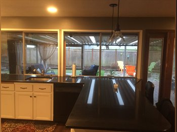 EasyRoommate US - Beautiful Ranch Style Home with Private Room and Full Bath - Beaverton, Beaverton - $600 /mo