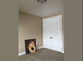 EasyRoommate US - Large private room for rent in beautiful townhouse! - Orem, Orem - $475 /mo