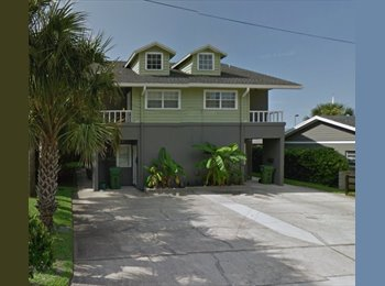 EasyRoommate US - Room available in beach house in great area at an amazing rate! - Southeast Jacksonville, Jacksonville - $659 /mo