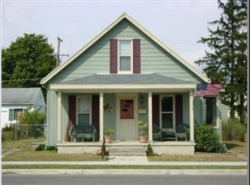 EasyRoommate US - Charming 3 bed 1 bath Tipp City home for rent - Dayton, Dayton - $850 /mo