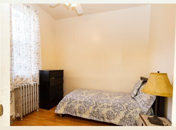 Cosy room in the Center of Brooklyn, Metro station Chauncey...