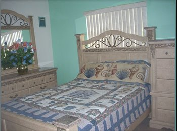 EasyRoommate US - Roommate Wanted 700/Month Full Bed/Bath - Miami Beach, Miami - $700 /mo