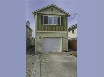 EasyRoommate US - Roommate Needed - Rainier Valley, Seattle - $715 /mo