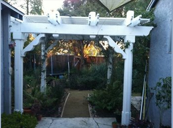 EasyRoommate US - Psssst...There's This Room by this Historical Landmark... - Westchester, Los Angeles - $1,000 /mo
