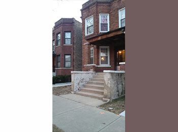 good area Andersonville. affordable rooms in 3 bedroom apt.