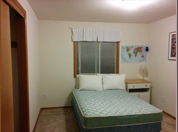 EasyRoommate US - Quiet Retreat near MAX stop in Beaverton - Beaverton, Beaverton - $550 /mo