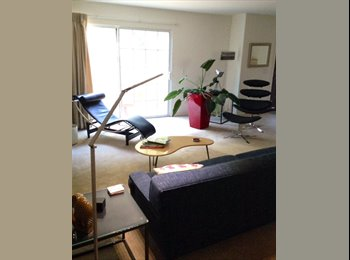 EasyRoommate US - 1br in 3br avail with 1 other roommate - Mar Vista, Los Angeles - $1,100 /mo