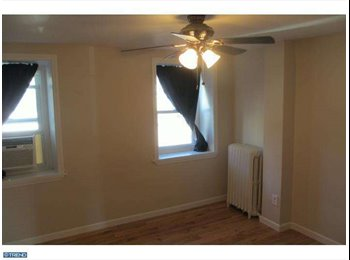 EasyRoommate US - Awesome Manayunk Home with Parking! , Philadelphia - $700 /mo