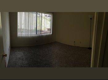 EasyRoommate US - 1st Floor apartment, Santa Clarita - $650 /mo