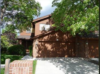 EasyRoommate US - Basement Apt for rent, Lakewood - $900 /mo