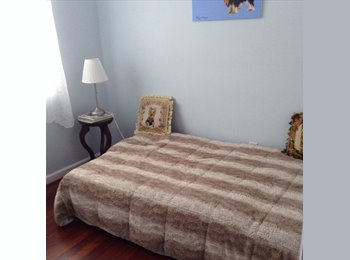 Room in house  quiet block Mastic Beach