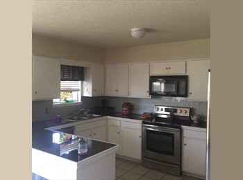 EasyRoommate US - Private Room/Bath - Tulsa, Tulsa - $500 /mo