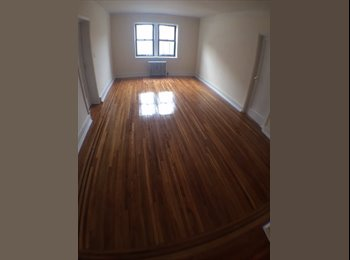 EasyRoommate US - Large 2BR APT, RENOVATED,HWF,EAT-IN KITCHEN,LAUNDRY,ELEVATOR - Mount Vernon, Westchester - $1,750 /mo