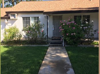 EasyRoommate US - 2 bedrooms available in large Arden area house - Arden, Sacramento Area - $850 /mo