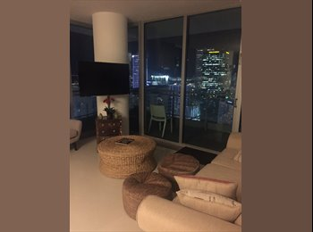 Large furnished room for rent in beautiful Mint condo