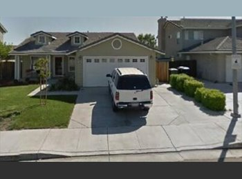 EasyRoommate US - Couple looking for Roommate/s in Tracy - Stockton, Sacramento Area - $600 /mo