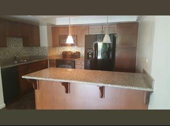 EasyRoommate US - Downtown High Rise Condo For Rent - Sacramento, Sacramento Area - $2,495 /mo