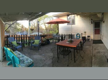 EasyRoommate US - 3 room suite, shared kitchen - Spokane, Spokane - $600 /mo