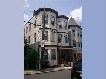 EasyRoommate US - 2 spacious rooms open for rent Sept 1st! , Boston - $849 /mo