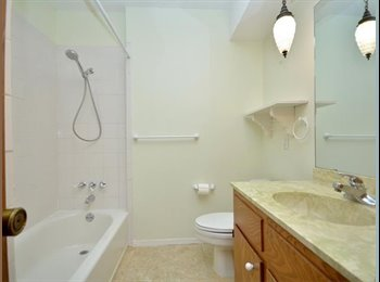 EasyRoommate US - Room with wifi and cable TV for rent, Windemere - $500 /mo