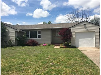 EasyRoommate US - Room for rent - Tulsa, Tulsa - $985 /mo
